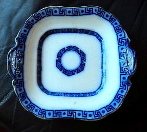 J & W Pratt plate in the Arabesque pattern