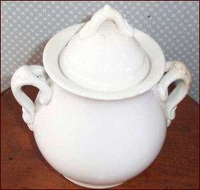 Meakin Bros, Ironstone sugar bowl