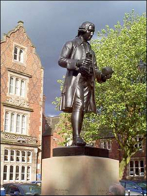 Statue of Josiah Wedgwood.
