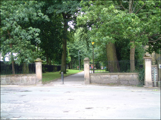 the end of Marsh Parade and the gates to Stubbs Walks