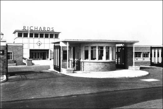 The lodge & entrance to the new Richards factory